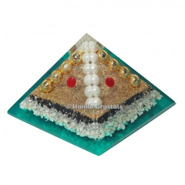 Howlite Orgonite Pyramid with Metal Ball