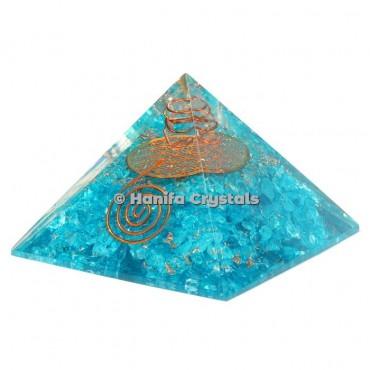 Aquamarine With Flower Of Life Orgonite Pyramids
