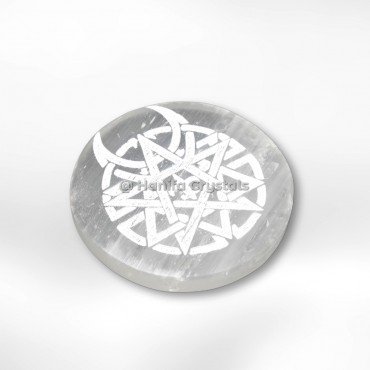 Celtic Engraved Design Selenite Charging Cercle