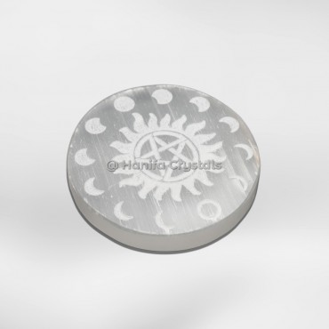 Moon Phase Engraved Selenite Charging Cercle